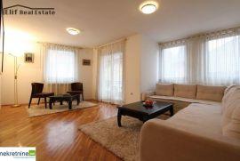 [IZDAVANJE] Moderan stan u Starom Gradu - Bistrik, Sarajevo Stari Grad, Διαμέρισμα