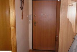 Prodaje se stan u Banjaluci, Banja Luka, Διαμέρισμα