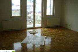 Dvoetažni trosoban stan 17L/ZP, Brčko, Apartamento