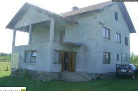 Kuća na sprat sa velikim imanjem 1709a/PZ, Brčko, بيت
