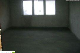 Kuća na sprat,dvorište 462m2 1608/GT, Brčko, Σπίτι