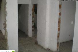 Kuća sa visokim potkrovljem 532/ZR, Brčko, Ev