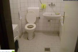 Dvosoban stan u staroj gradnji 1799/IP, Brčko, Stan
