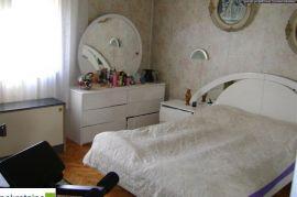 Trosoban stan 96 m2 670/ZR, Brčko, Appartement