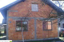 Prizemna kuća 1858/PD, Brčko, Kuća