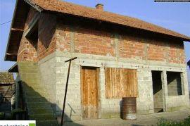 Dvije kuće na placu od 1168 m2 ID:622/DP, Brčko, Kuća