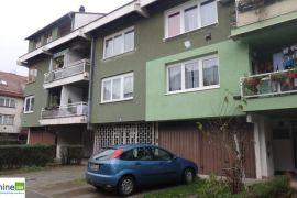 Trosoban stan, Aerodromsko, Dobrinja, Sarajevo Novi Grad, Stan
