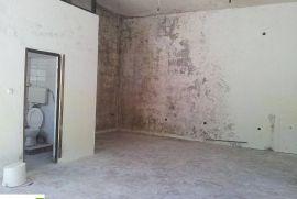 Poslovni prostor na Dobrinji 3, Sarajevo Novi Grad, Ticari emlak