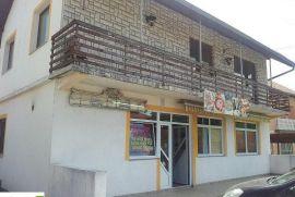 Kuća u Doglodima-Barice, Ilidža, Famiglia