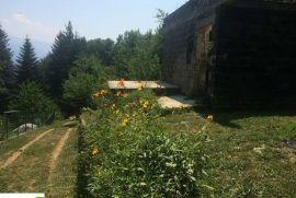 Devastirana vikendica u Srarajevu KAKRINJE, Ilidža, Haus