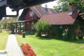 Prodaje se kompletno opremljeno seosko domaćinstvo, Gradiška, Σπίτι