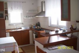 Kuća: Bosanska Krupa, 100 m2, 75000 EUR, Bosanska Krupa, Famiglia