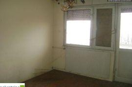 Dvosoban stan u staroj gradnji 1808/IP, Brčko, Appartment
