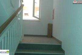 Tri stana površine 53, 78, 89 m2 na III spratu 1941/PD, Brčko, Apartamento