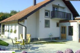 BC:1215-PD Kuća sa visokim potkrovljem, Brčko, Brčko, Maison