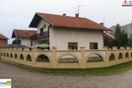 Dvije namještene kuće 1870/GT, Brčko, Kuća