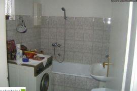 Kuća 133 m2 na 2000m2 placa 1562/IP, Brčko, Haus