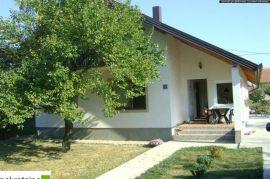 Kuća Pr+Pot na 482m2 placa 1215/PD, Brčko, House