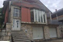 Dvospratna kuća u Sarajevu GLADNO POLJE, Ilidža, Maison