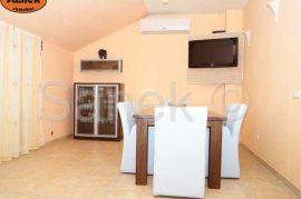 Četverosoban apartman-Novalja, Novalja, شقة