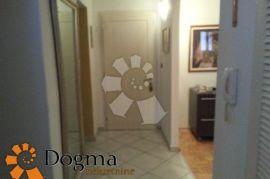 STAN RIJEKA CENTAR 87.18m2 3S+DB, Rijeka, Appartamento