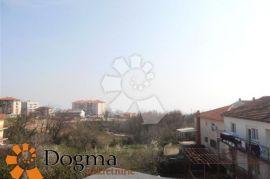 STAN NAJAM RIJEKA ZAMET 93.54m2 2S+DB, Rijeka, Διαμέρισμα