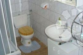 KUĆA KRK 75m2 S+P+1, Krk, House