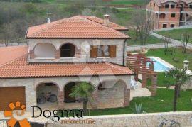 Zapadna Istra, Poreč, kamena kuća s bazenom, Poreč, Casa
