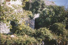 Kuća: Nerezisca, Nerezisca, 115 m2, 35000 EUR, Nerežišća, Famiglia
