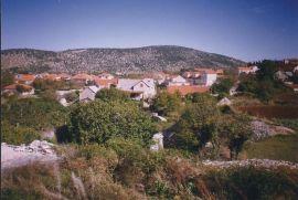 Kuća: Nerezisca, Prženica, 165 m2, 30000 EUR, Nerežišća, Famiglia