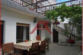 Novi Vinodolski, povoljno, 120 m2, Novi Vinodolski, Casa