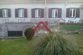 Samostojeća kuća na Pehlinu, Rijeka, Σπίτι