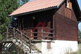 Severin na Kupi, lijepa vikendica, Vrbovsko, بيت
