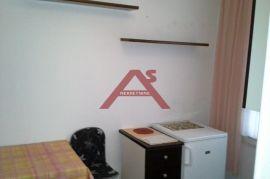 Centar, 75 m2, jako lijep 2S KL, za dva studenta, 2.400 kn/mj, Rijeka, Stan