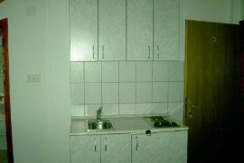Bar Susanj,izdajemo sobe/apartman sa kupatilom, Bar, Flat