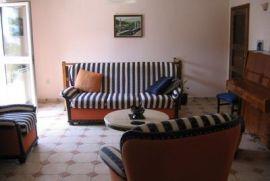 Prodajem kucu, Kotor, House