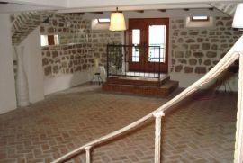 Stan u Herceg Novom, stari grad, Herceg Novi, Stan