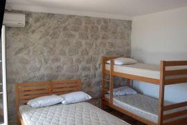 Prodaje se Ekskluzivna vila u Boki Kotorskoj, Kotor, Casa
