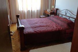 Blok IX - stan, Podgorica, Stan