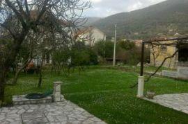 Prodajem kucu u Tivtu, Tivat, Casa