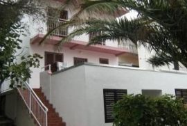 Igalo-Sušćepan, kuća na prodaju, Igalo, Haus
