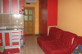 Izdajem apartman, Kotor, House