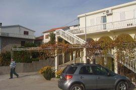 Prodaja kuce u blizini plaze Trsteno, Budva, House