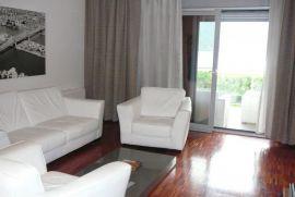 Luksuzno namjesten apartman sa pogledom na more, Tivat, Flat