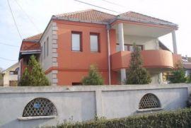 Zemun, centar, Beograd, Casa