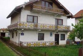Kuca u batasevu, Mladenovac, Casa
