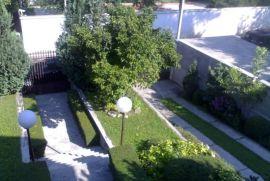 Lux kuća Senjak, Beograd, Ev