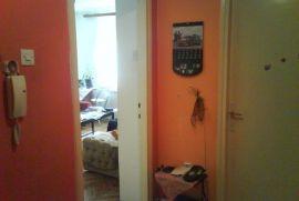 prodajem stan u centru, Šabac, Stan