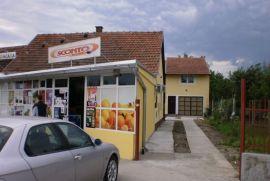 Renoviran stambeno poslovni objekat, Novi Sad - grad, Σπίτι