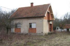 Na prodaju, Obrenovac, House
